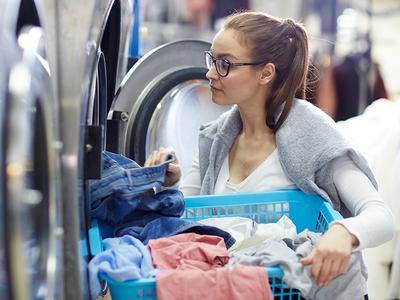 ist eine Belastung für die Kleidung (© Foto: colourbox)